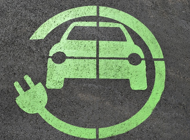 coche_electrico_carga_simbolo