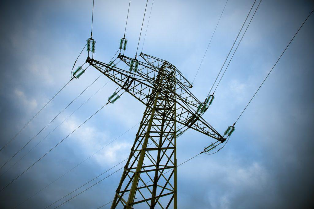 nuevas_tarifas_luz_torre_electrica