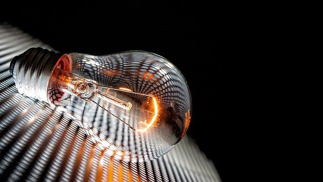 bombilla_luz_energia_potencia_terminos_portada