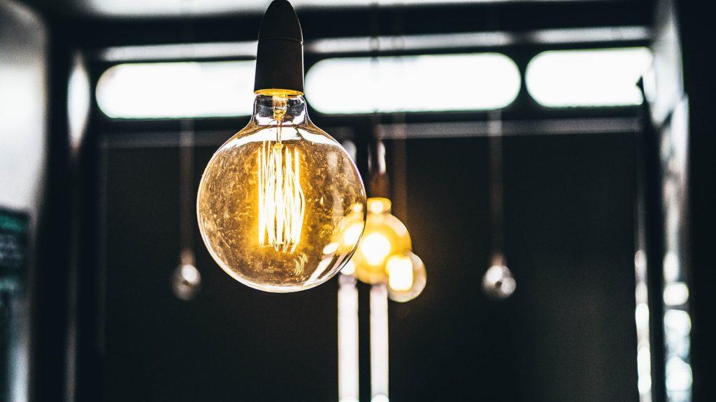 tarifa-plana-electricidad-atlas-bombillas