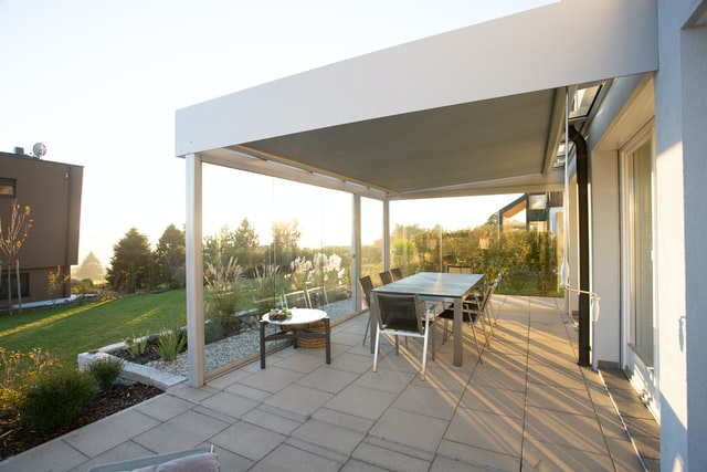 terraza-iluminacion-bombillas
